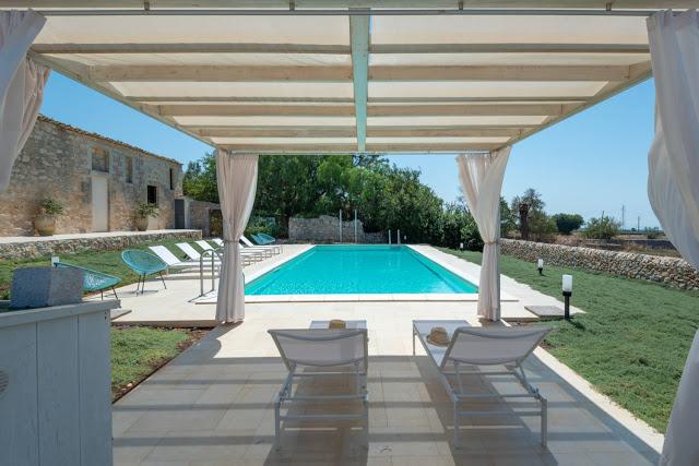 villa a Ragusa - Carcara piscina e patio
