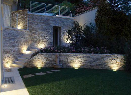 luci in giardino
