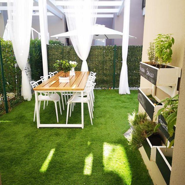 zona pranzo in giardino